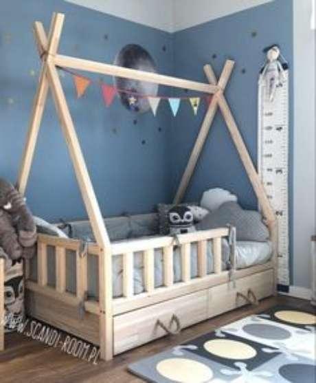 6. Cama infantil montessoriana com grades – Por: Pinterest
