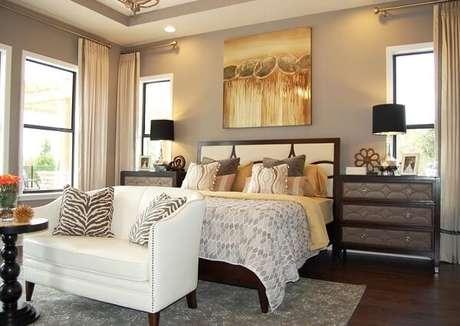 24. Inclua o dourado na decoração do quarto de casal. Fonte: Pinterest