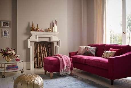 7. Poder e romantismo exprime a decoração rosa e dourado. Fonte: Pinterest