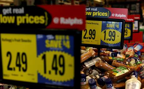 Supermercado em Pasadena, na Califórnia 01/12/2016 REUTERS/Mario Anzuoni