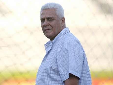 Conselheiro tenta que Roberto Dinamite seja benemérito do clube (Foto: Gilvan de Souza/Lancepress!)