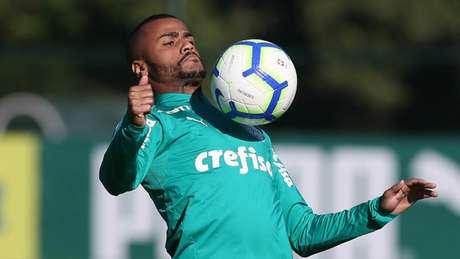 Felipe Pires deve ser repassado ao Fortaleza por empréstimo até o final deste ano (Agência Palmeiras/Divulgação)