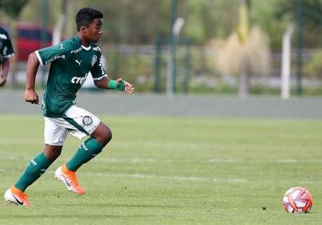 Endrick em campo pelo sub-15 do Palmeiras (Foto: Ag. Palmeiras/Divulgação)