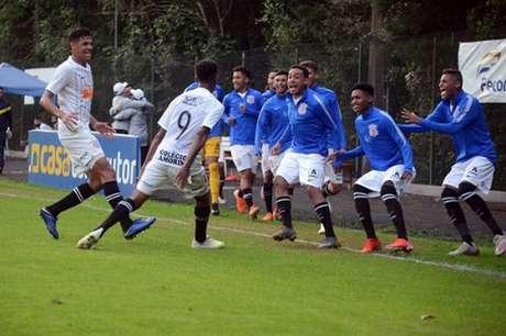 Corinthians está na final graças ao gol marcado por Cauê no primeiro tempo do duelo contra o Grêmio (Luiz Munhoz)