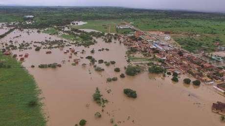 Vista aérea de Coronel João Sá após transbordamento de barragem