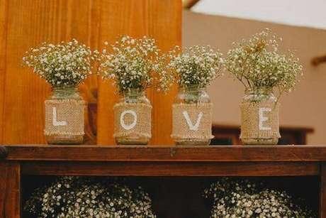 19. Garrafas de vidros decorados com juta. Fonte: Pinterest