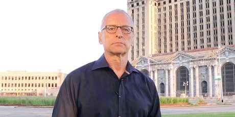 Jorge Pontual decidiu se afastar do microblog para evitar conflito entre as opiniões pessoais e a posição que ocupa na TV
