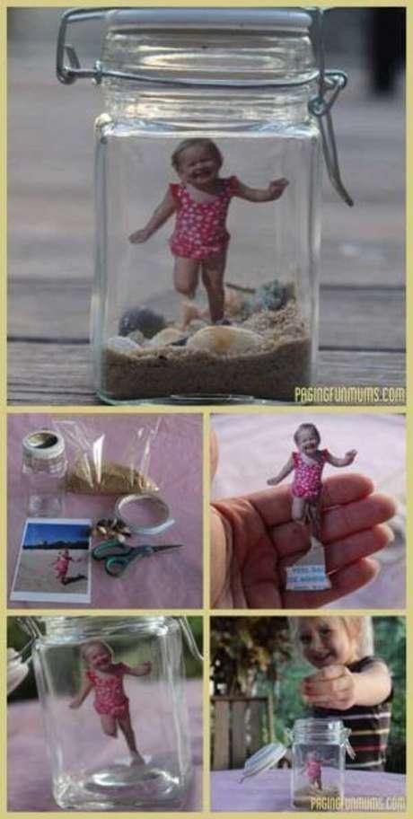50. Como decorar vidros com fotografia. Fonte: Pinterest