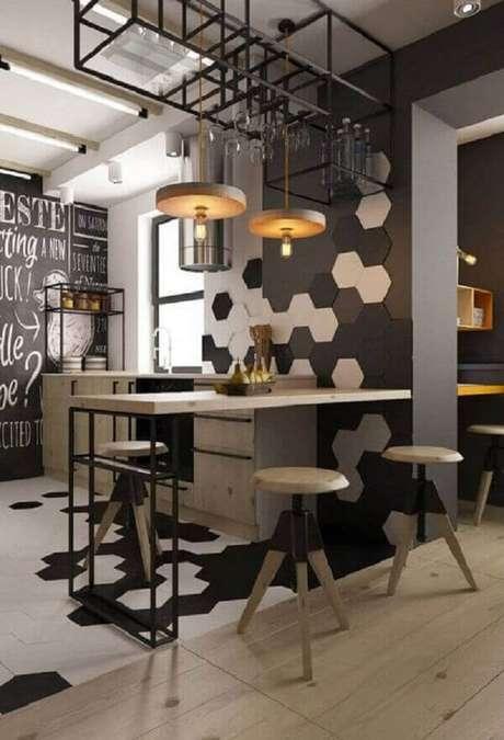 58- Revestimento para cozinha na cor preto e branco traz personalidade ao ambiente. Fonte: Pinterest
