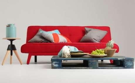 61. Sofá vermelho para sala de estar – Por: Bonami