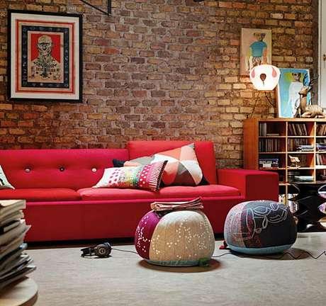 78. Sofá vermelho para sala de estar moderna – Por: Arquitetura do Imóvel Sala Nelo
