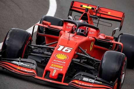 Charles Leclerc pede mais consistência dos comissários antes do GP da Grã-Bretanha