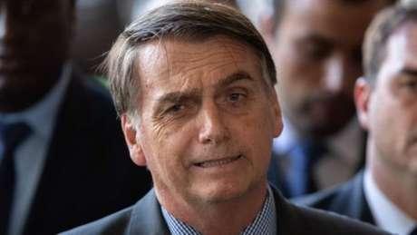 A indicação do presidente Jair Bolsonaro ocorre um dia depois do filho completar 35 anos, idade mínima exigida para o cargo