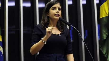 A deputada Tábata Amaral (PDT) foi acusada de 'trair' a orientação de seu partido após votar a favor da Reforma da Previdência