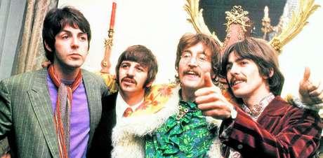 Paul, Ringo, John e George. Depois dos Beatles, o rock-n'roll atinge um novo status e se torna mais do que um estilo musical, um estilo de vida