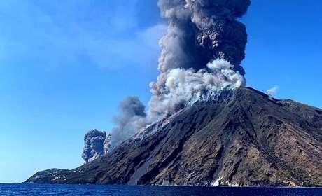 Explosões no vulcão Stromboli, em 3 de julho