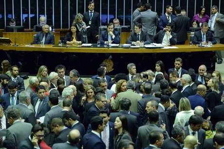 Plenário da Câmara dos Deputados durante votação de destaques ao texto-base da reforma da Previdência
