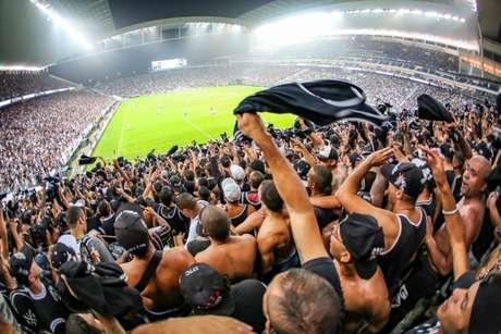 Corinthians volta á Arena após mais de um mês longe de casa (Foto: Bruno Teixeira/Corinthians)
