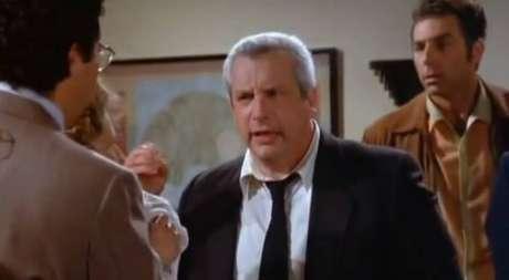 Charles Levin em cena de 'Seinfeld'