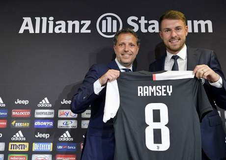Ramsey vai usar a 8 que era de Marchisio (Foto: Reprodução)