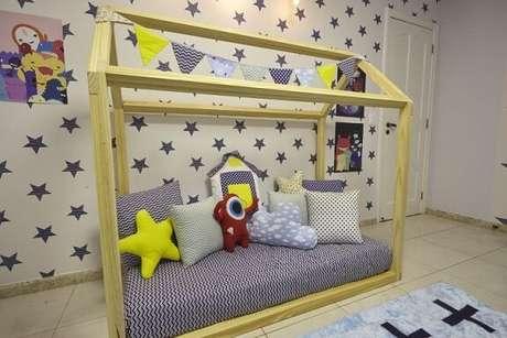 30. No mesmo projeto de Andrea Bento, outra cama montessoriana