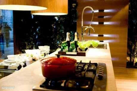 5. O misturador pode ser útil de diversas formas no espaço gourmet pequeno. Projeto de Carla Felippi