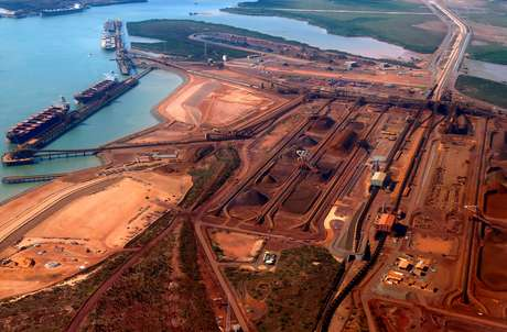 Vista aérea de Port Hedland, Pilbara, Austrália 03/12/2013 REUTERS/David Gray