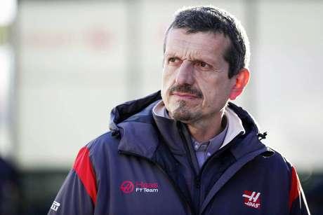 """""""Ambos estão em apuros"""", diz Steiner após duplo abandono da Haas"""