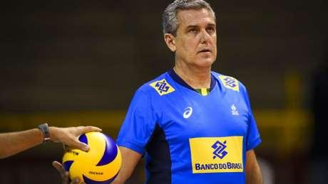 Zé Roberto é técnico da Seleção e idealizador do projeto de Barueri (Divulgação/CBV)