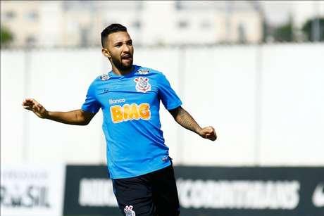 Clayson segue como titular do Corinthians. Meia-atacante deve formar linha ofensiva com Pedrinho e Sornoza (Foto: Luis Moura/WPP)