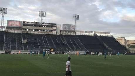 Vasco fez jogo-treino em São Januário contra o Boavista (Foto: Luiza Sá/Lancepress!)