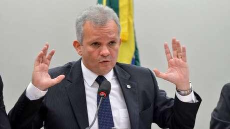 Figueiredo: Tábata contrariou o partido em praticamente todas as votações importantes da Previdência