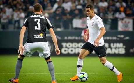 Avelar assinará com o Corinthians por três temporadas (© Daniel Augusto Jr/Ag. Corinthians)