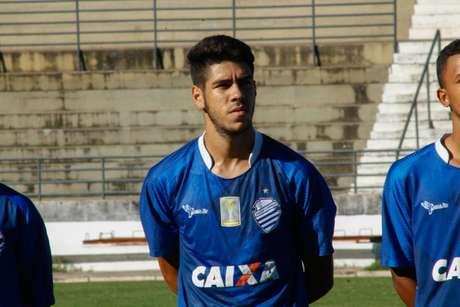 Victor Paraíba quer CSA ligado para vencer o Furacão (Foto: Morgana Oliveira/Divulgação/CSA)