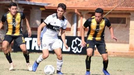 Enzo Avalos é filho do ex-jogador paraguaio Walter Avalos (Foto: Reprodução)