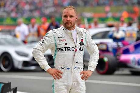 Bottas aberto a mudança para a Ferrari caso tempo na Mercedes termine