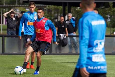 Gabriel pode ser a novidade do Corinthians para o jogo de domingo contra o Flamengo (Foto: Daniel Augusto Jr./Ag. Corinthians)