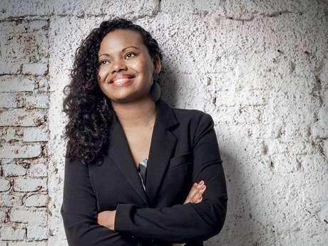 A presidente do Instituto Feira Preta, Adriana Barbosa