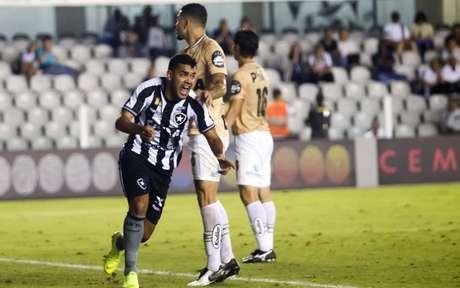 No último duelo entre as duas equipes, empate em 1 a 1, na Vila Belmiro (Flavio Hopp)