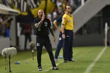 Sampaoli diz que se sente em casa atuando na Vila Belmiro (Foto: Ivan Storti/Santos FC)