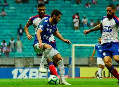Jadson, do Cruzeiro, na partida contra o Bahia válida pela 11ª rodada do Campeonato Brasileiro 2019, no estádio Fonte Nova, em Salvador, neste sábado (20)