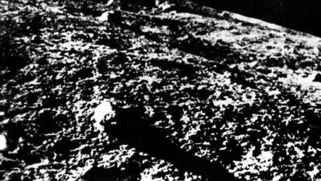 As primeiras imagens feitas na Lua foram enviadas à Terra pela sonda soviética Luna 9, em 1966