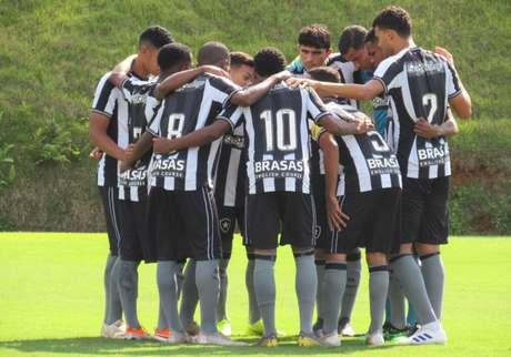 Botafogo foi derrotado pelo Sport (Foto: Fabio de Paula/BFR)