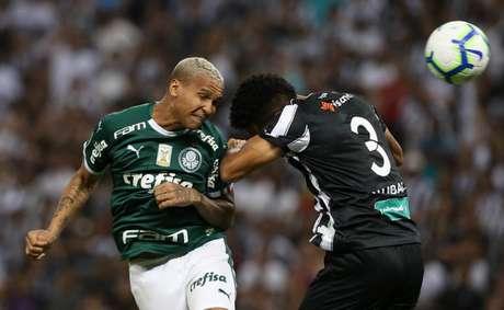 Deyverson durante a derrota para o Ceará, no Castelão (Foto: Divulgação/Flickr)