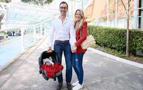 Manuella chegou e encantou Tralli Ticiane Pinheiro e Rafa
