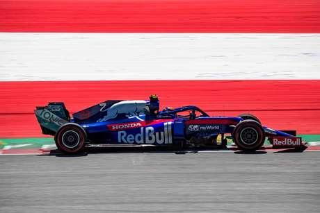 Albon garante novo patrocinador tailandês para a Toro Rosso