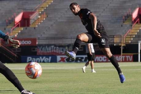 Bruno Aguiar pediu atenção do Brasil de Pelotas contra o Sport (Foto: Divulgação/Brasil de Pelotas)