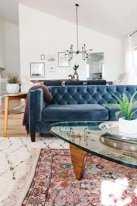 1. O sofá chesterfield é um exemplo de sofisticação. Foto: Pinterest