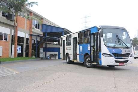 Os ônibus, apesar de pertencerem à viação Norte Buss, estavam estacionados na garagem da viação Spencer