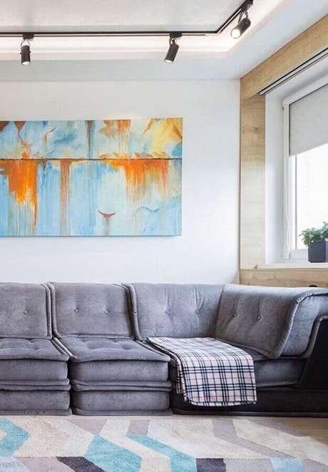 17. Decoração para sala com sofás modernos e confortáveis – Foto: Rhyme